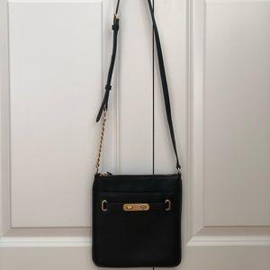 EUC Coach thin crossbody bag w/ gold chain detail